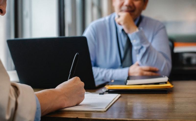 入职半年发现员工简历造假,劳动合同还有效吗?